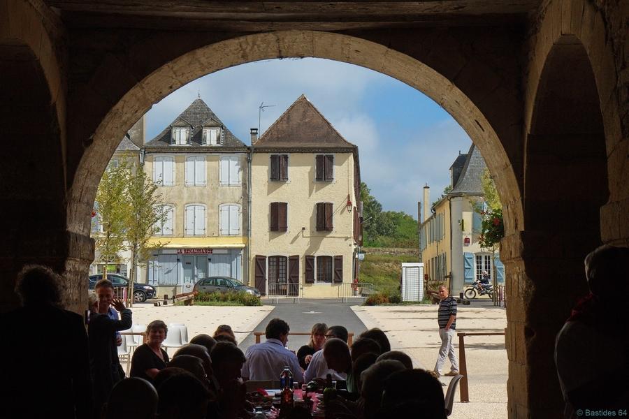 Les 700 ans de navarrenx bastides 64 for Porte saint antoine